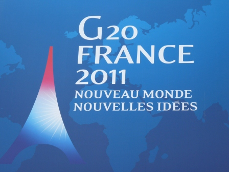 "2011 G-20 Summit Logo with phrase ""New World New Ideas"""