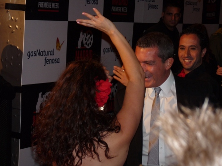 Antonio Banderas with flamenco dancer on red carpet