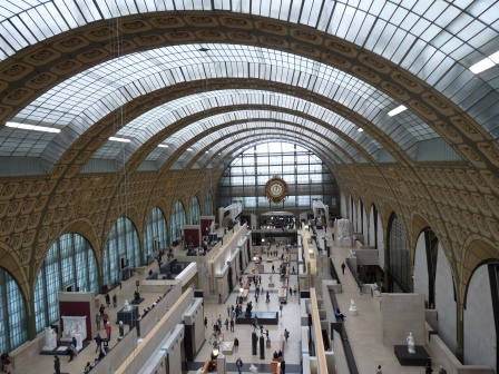 Main hall of the Musee D'Orsay from the upper balcony